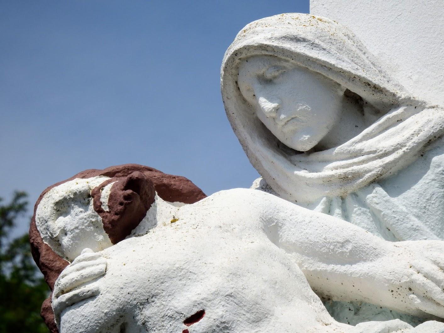 Bejcgyertyános - Fájdalmas Anya-szobor, Felsőbejc