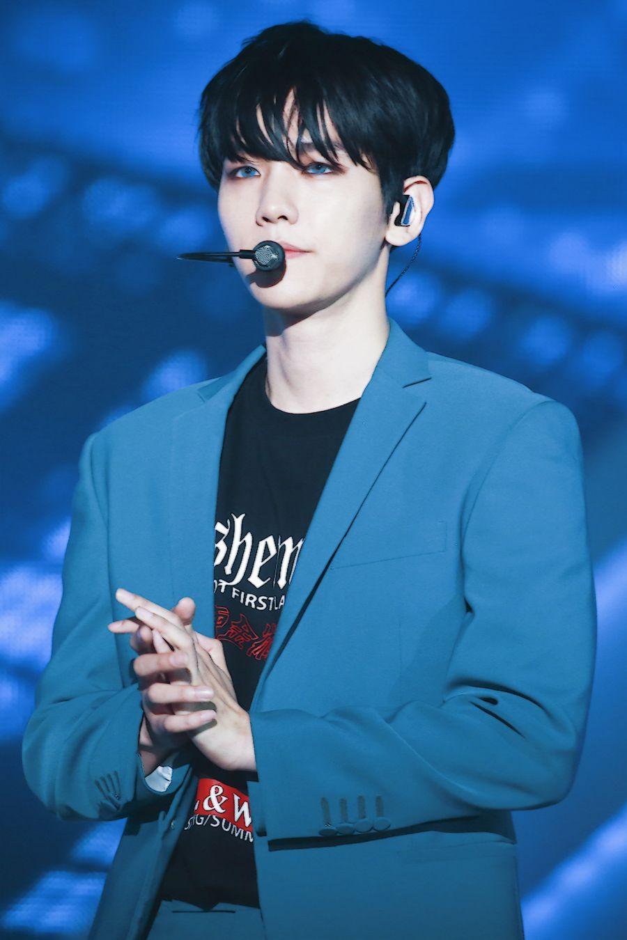 baekhyuncolors_blue1