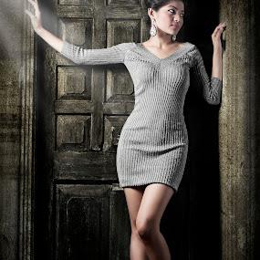 by Jon de Guzman Jr - People Fashion