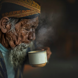 Let's drink by Indrawan Ekomurtomo - People Portraits of Men (  )