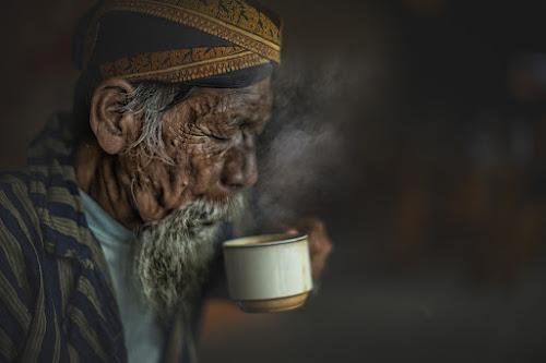 Let's drink by Indrawan Ekomurtomo - People Portraits of Men (  )