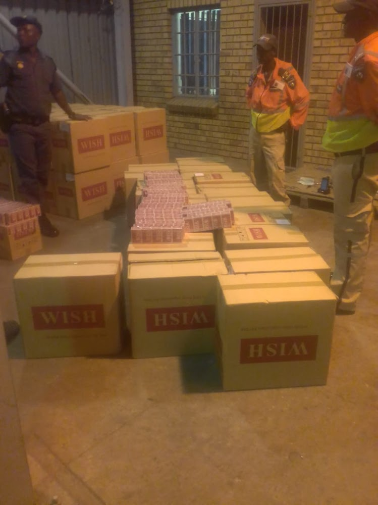 Man arrested, counterfeit cigarettes seized at SA-Botswana border post - SowetanLIVE