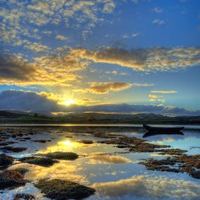 A connemara sunrise by Paul Holmes - Landscapes Waterscapes
