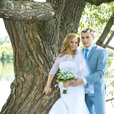 Wedding photographer Lidiya Krasnova (liden4ik). Photo of 01.08.2014