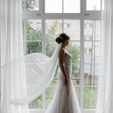 Wedding photographer Darya Ovchinnikova (OvchinnikovaD). Photo of 25.08.2018