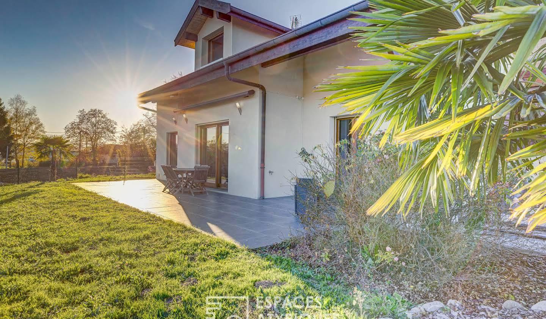 Maison avec terrasse Contamine-Sarzin