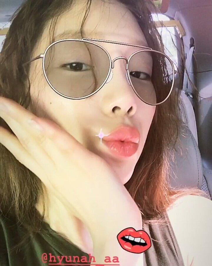 Hyuna-Instagram-00