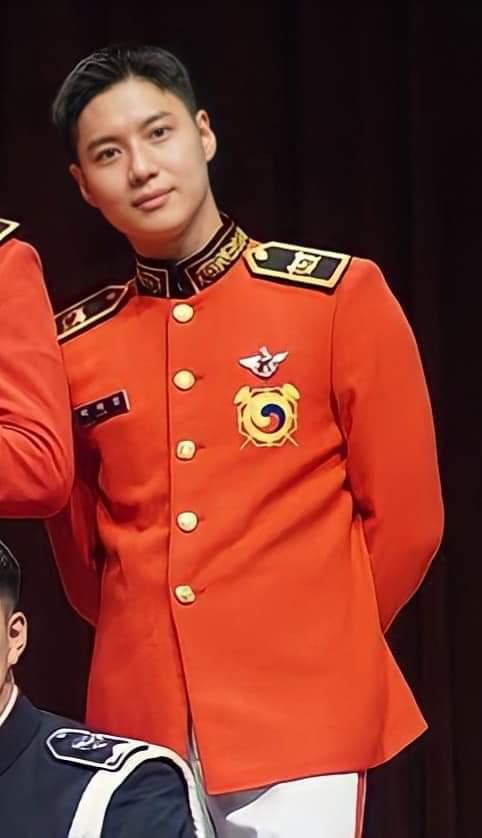 military taem -(