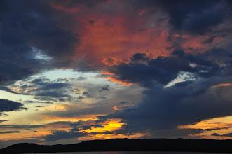 Photo: C'est sur le lac Ogii que j'ai eu mon plus beau coucher de soleil.