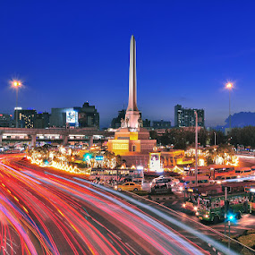 The Victory Monument, Thailand by Chatchai Lakamankong - Buildings & Architecture Statues & Monuments