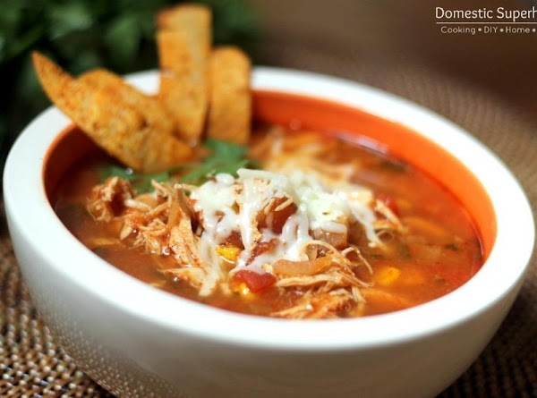 Please see http://domesticsuperhero.com/2013/11/11/slow-cooker-chicken-tortilla-soup/ for full direction and ingredient list!
