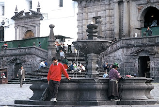 Photo: Quito, Plaza San Francisco