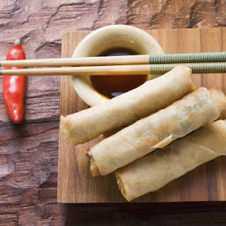 Chinese Wrappers with Dip.
