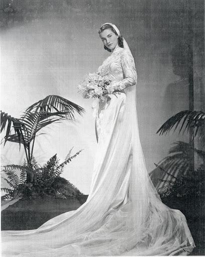 e2ec9434a48d Sorelle Fontana  l abito da sposa perfetto — Google Arts   Culture