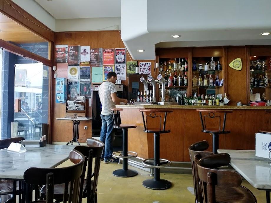 Foto Cosmos Café 7