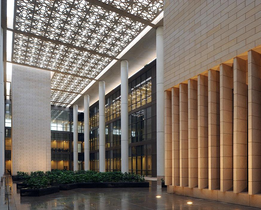 The Princess Nourah bint Abdulrahman University di Riyadh, Saudi Arabia hasil karya desainer Allison Williams - source: aadn.gsd.harvard.edu