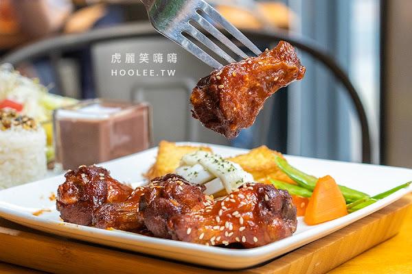 七二食事(高雄)新推出暖心餐點!蔥控激推好棒棒豬燉飯,重口味必吃韓式炸雞三角飯糰