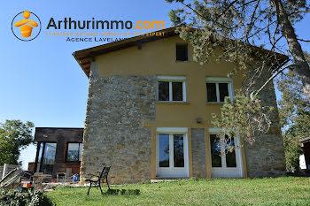 maison à Roquefixade (09)