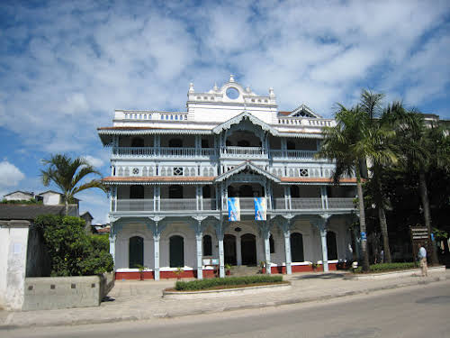 Things to Do in Zanzibar Stone Town and Beyond // Old Indian Dispensary in Stone Town