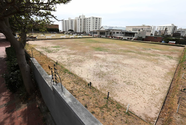 The seldom-used Green Point bowling green which activists say should be used for low-cost housing.