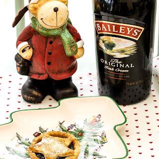 Boozy Baileys Mince Pies
