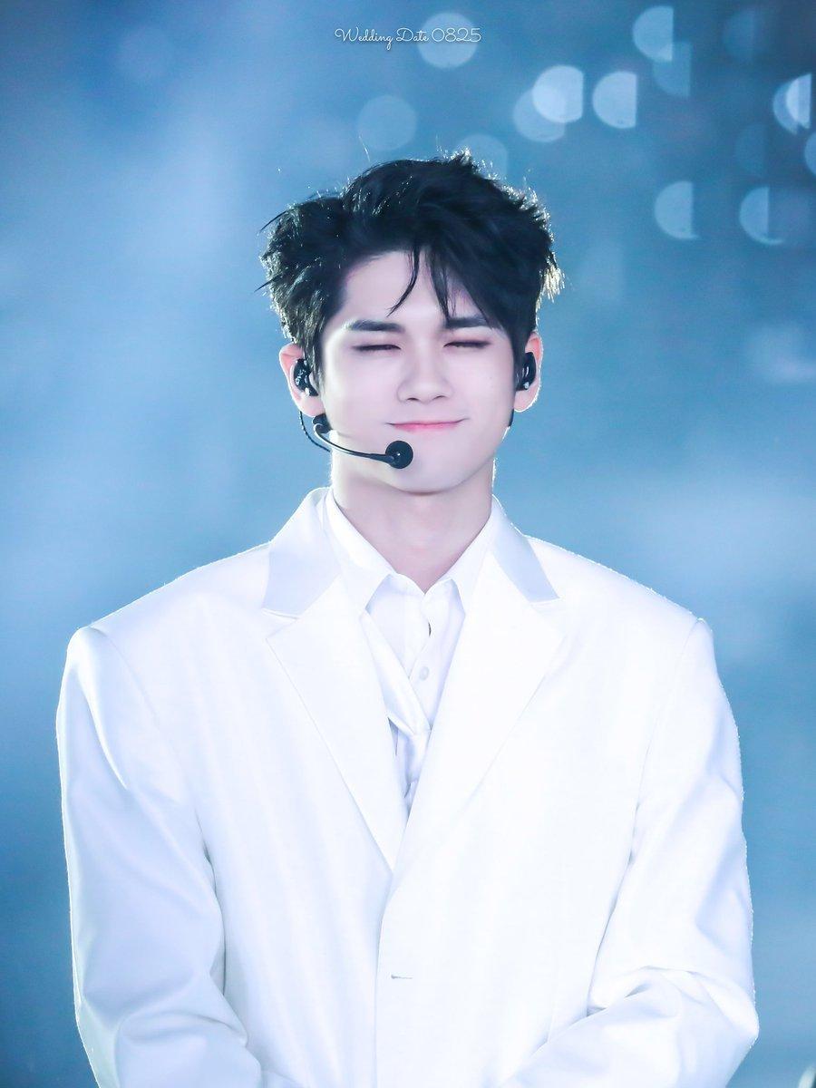 ong seongwu first love 7