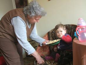 Photo: Elza nagynénje pufuléccel lát vendégül