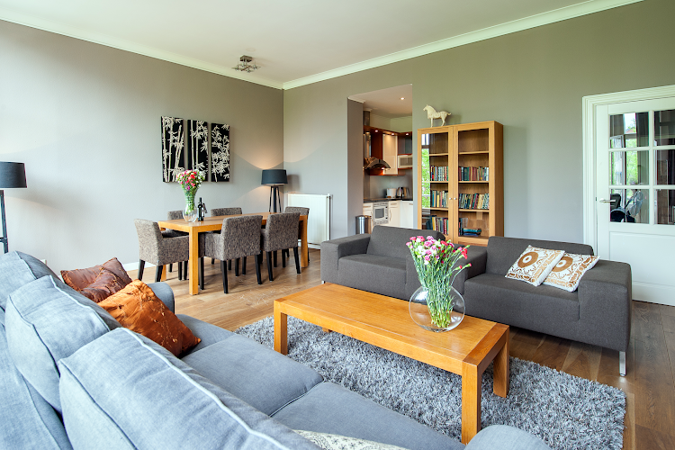Bright living space at Leidsesquare Suites