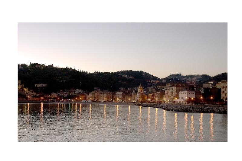 Romantica veduta di San Terenzo,La Spezia di manolina