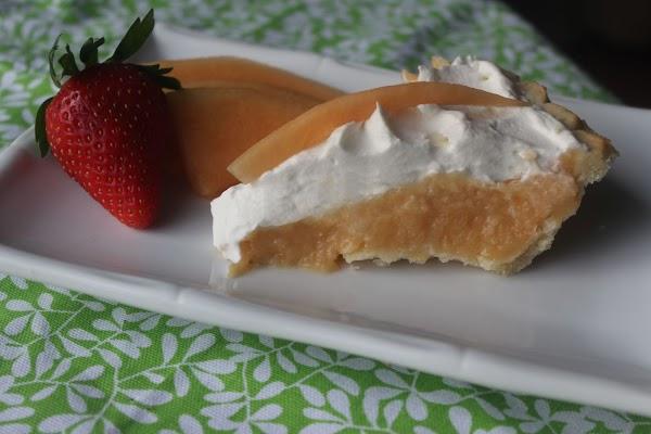 Creamy Cantaloupe Pie Recipe