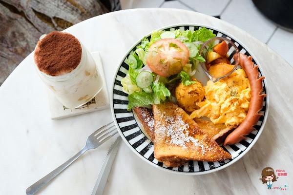 台北中山 公雞咖啡 Rooster cafe 女朋友的早餐 好吃的美式早午餐輕食