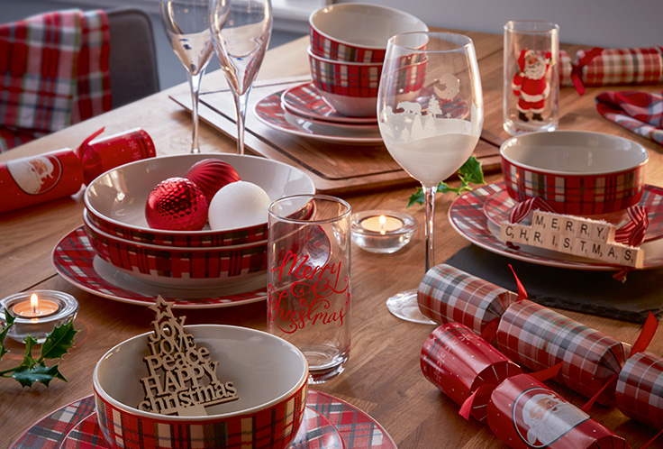 Explore our Christmas dining collection