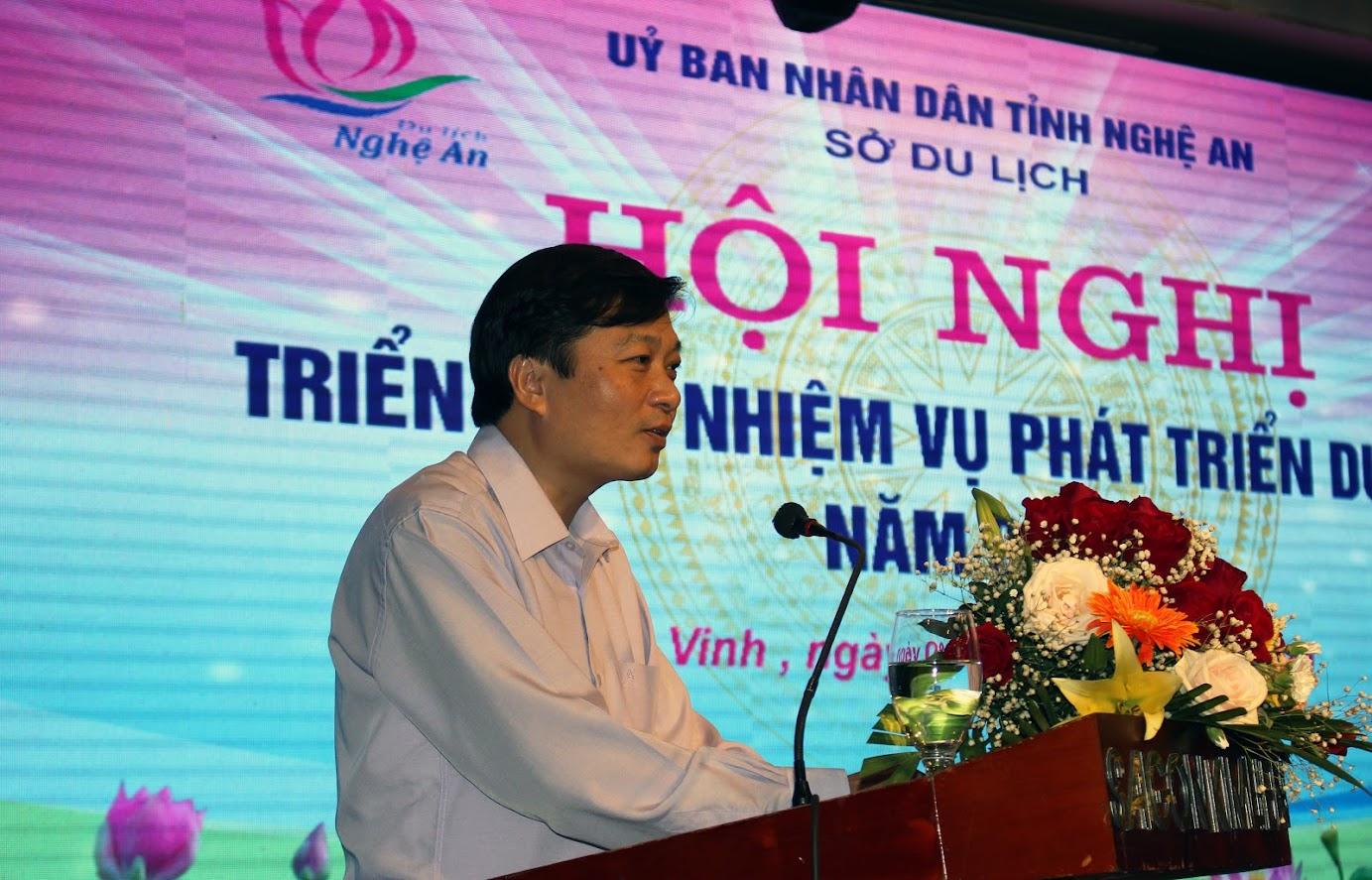 Ông Lê Hồng Vinh, Phó Chủ tịch UBND tỉnh phát biểu tại hội nghị