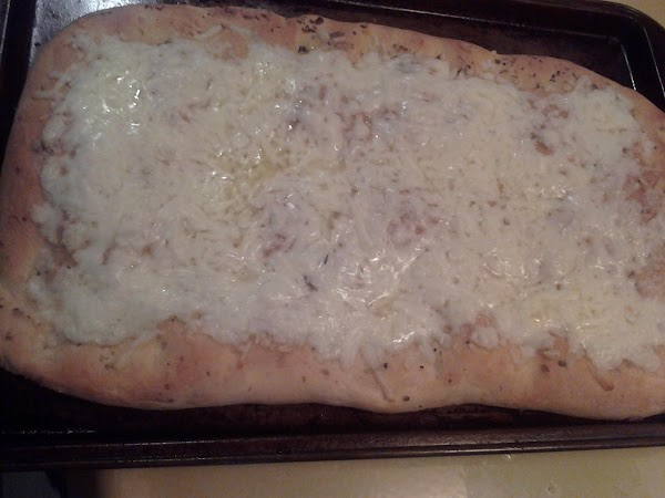 we served it with a easy garlic cheese bread  Easy cheesy garlic bread  1 loaf frozen...