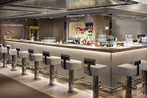 koningsdam-Panorama-Bar.jpg - Relax and chat up some new friends at the Panorama Bar on ms Koningsdam.