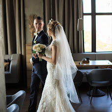Wedding photographer Evgeniy Komissarov (komissarov). Photo of 21.10.2017
