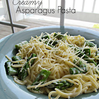 Pasta with Asparagus and Cream Sauce.