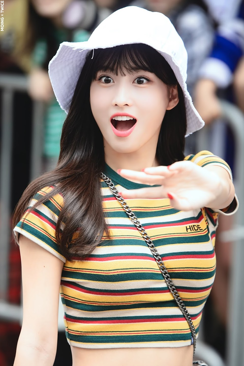 momo shocked