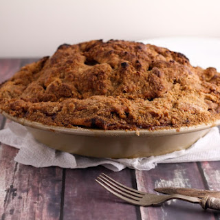 Apple Pie with a Crumb Top