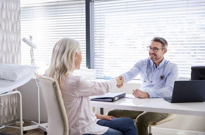 A avaliação médica deve ser diferente no caso das mulheres, levando em consideração seu histórico que pode favorecer as doenças cardiovasculares (Fonte: Reprodução Pinterest).