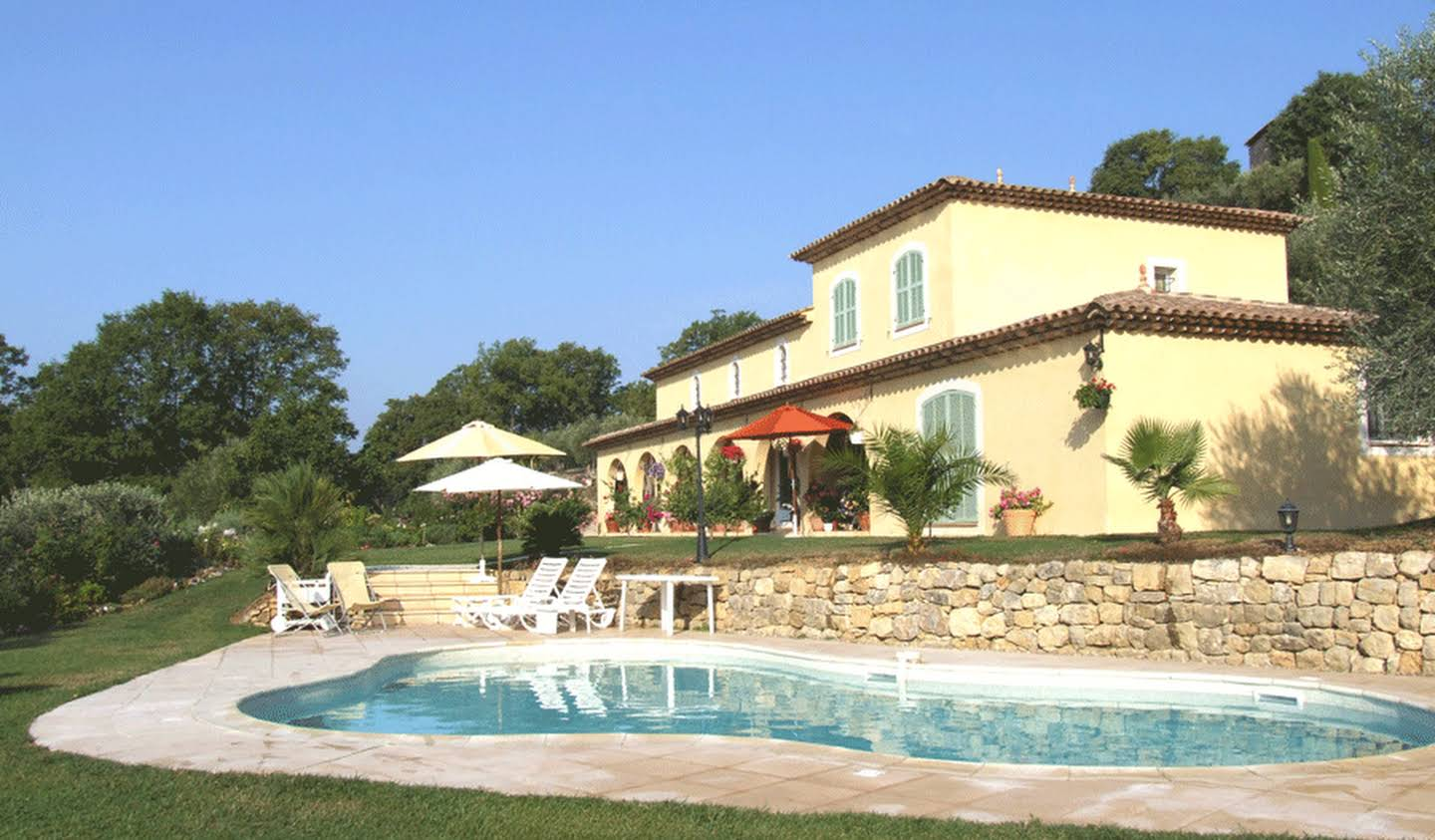 Property with pool Montauroux