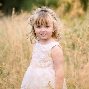 One of my absolute favorites of Jordyn ever by Junita Stroh - Babies & Children Child Portraits
