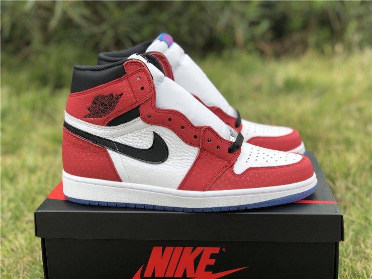 Phiên bản giày Nike Air Jordan 1 Travis Scott nhận được sự đánh giá cao