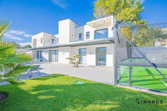 Vente villa 5 pièces 230 m2