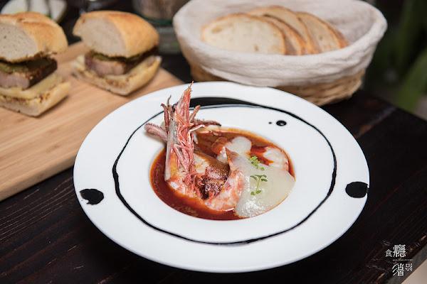 台北|BeApe法國傳統餐酒館|城市裡的法味溫室,品嚐優雅的浪漫。黑腳私廚新餐廳|中山區、雙連站
