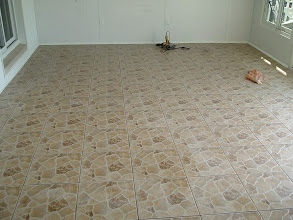 Photo: sand paper finished out door tile.