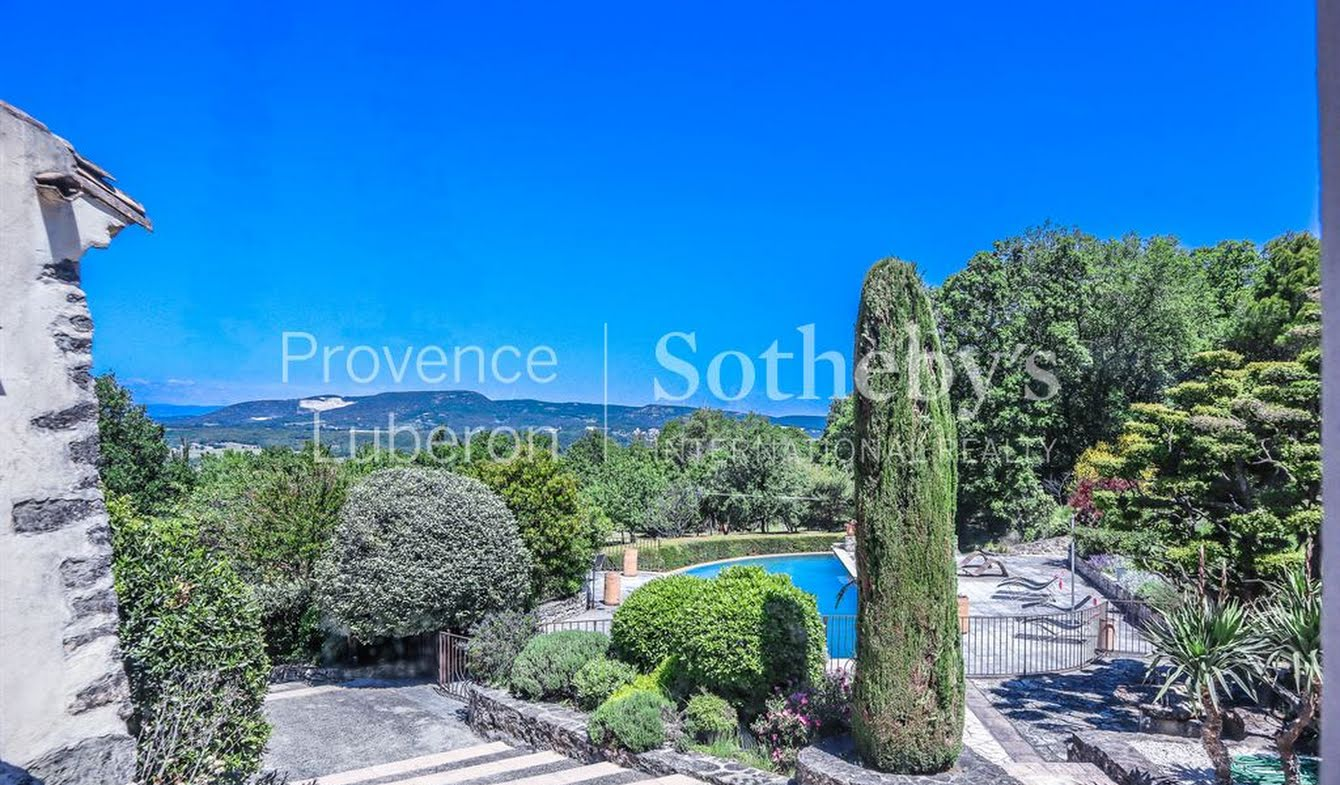 House with pool and terrace Grignan