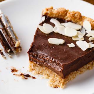Dark Chocolate Paleo Pie with Homemade Crust.