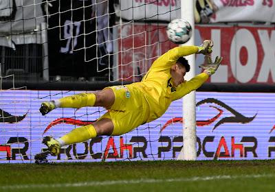 Rémy Descamps, pas loin d'arrêter son deuxième penalty de la saison