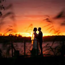 Wedding photographer Vitya Lysenkov (SLoWww). Photo of 18.08.2019